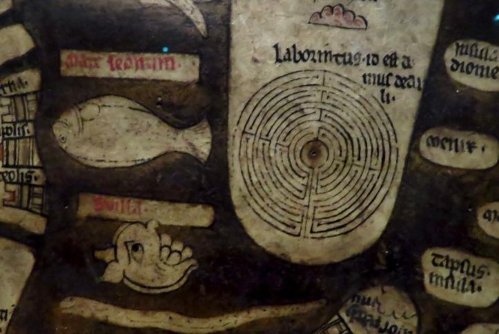 Labyrinth of knossos